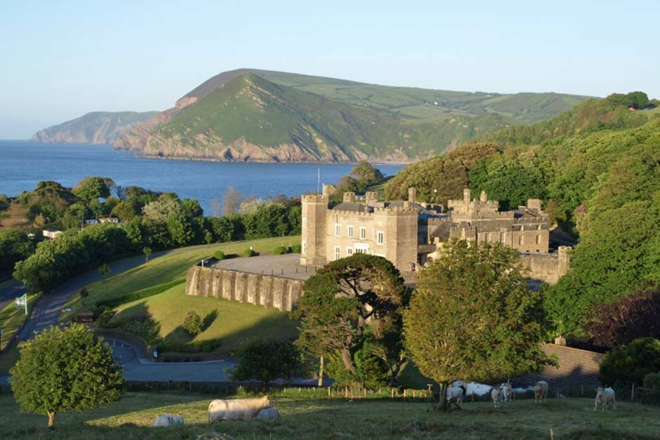 Luxury Self Catering Holiday Cottages Near Watermouth Castle. Great Days Out For Children